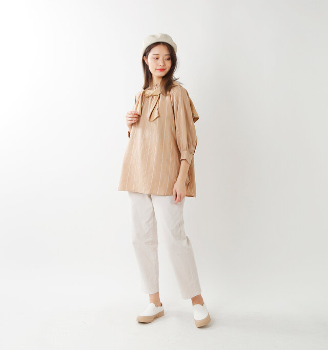 color : white×beige / size : 24.0cm