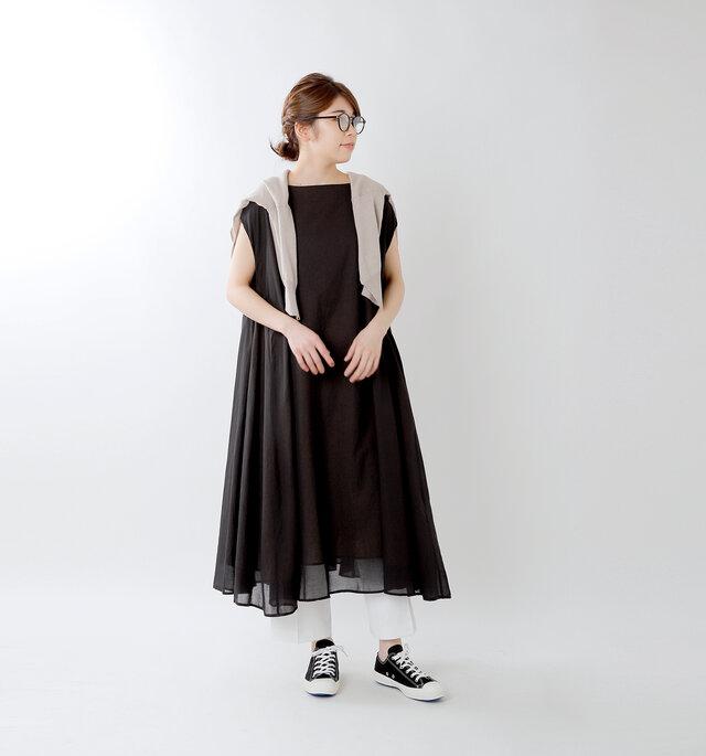 color : black / size : 24.0cm
