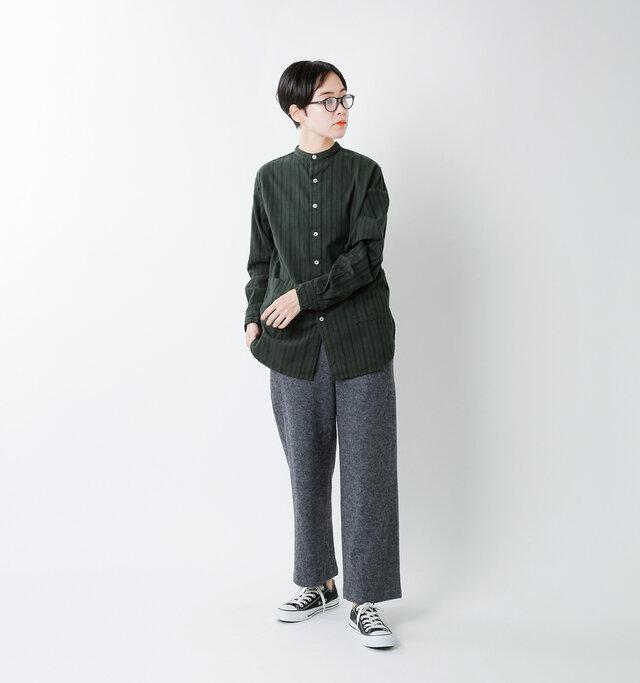 model saku:163cm / 43kg  color : green stripe / size : S