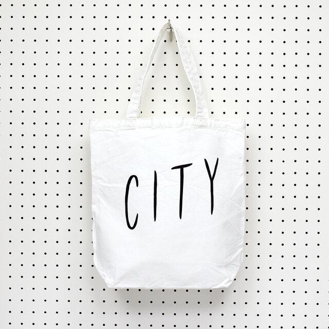 2010年11月に制作したZINE「CITY LIGHTS」のタイトルとして制作した文字から、「CITY」のみを抜き出したトートバッグ。