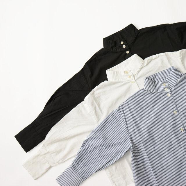 カラーは「navy stripe」「white」「black」の3種類。軽やかなストライプカラーは、スポーティーミックスにもオススメ。素材感たっぷりのソリッドカラーもコーデを選ばず、着回し力抜群です。