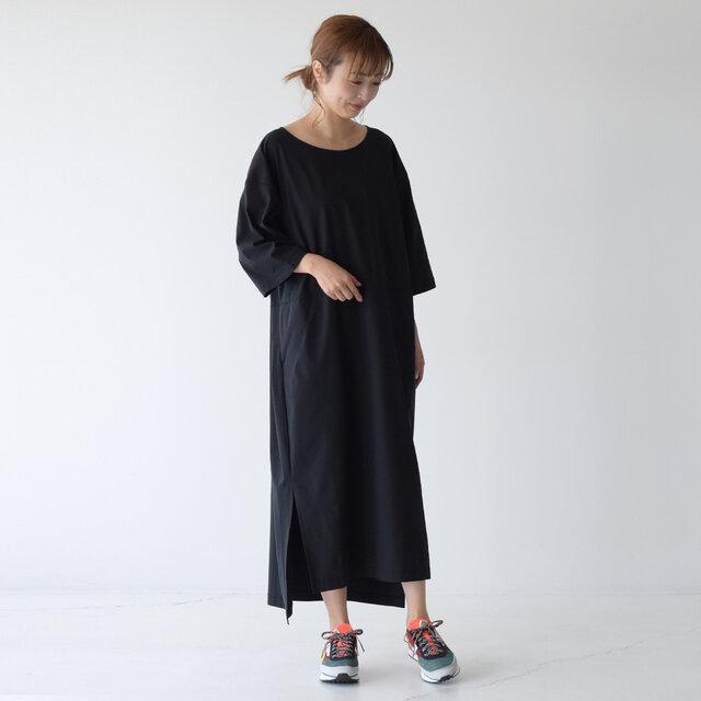 モデル: 157cm / 47kg color:ブラック(K) / size:WM(S~M)