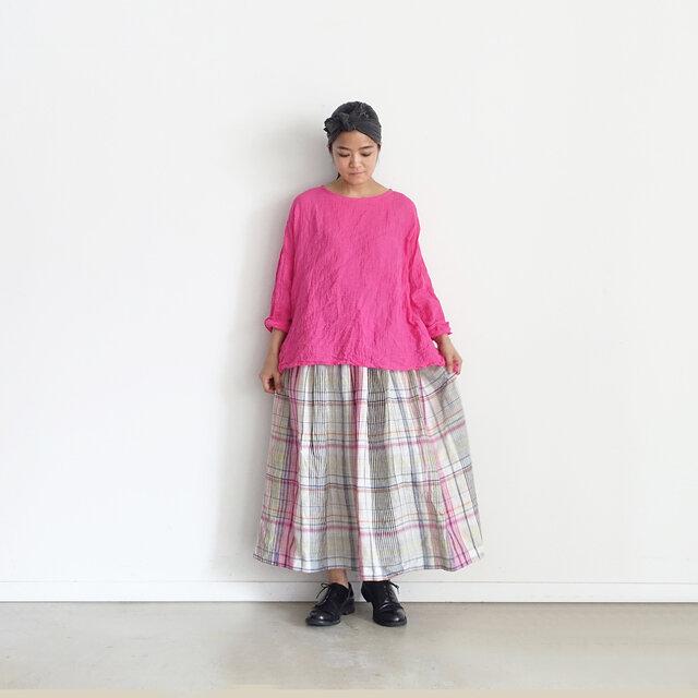 Model 158cm、Pink 着用