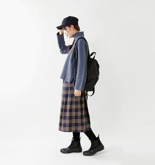 model kanae:167cm / 48kg color : black / size : 24.0cm