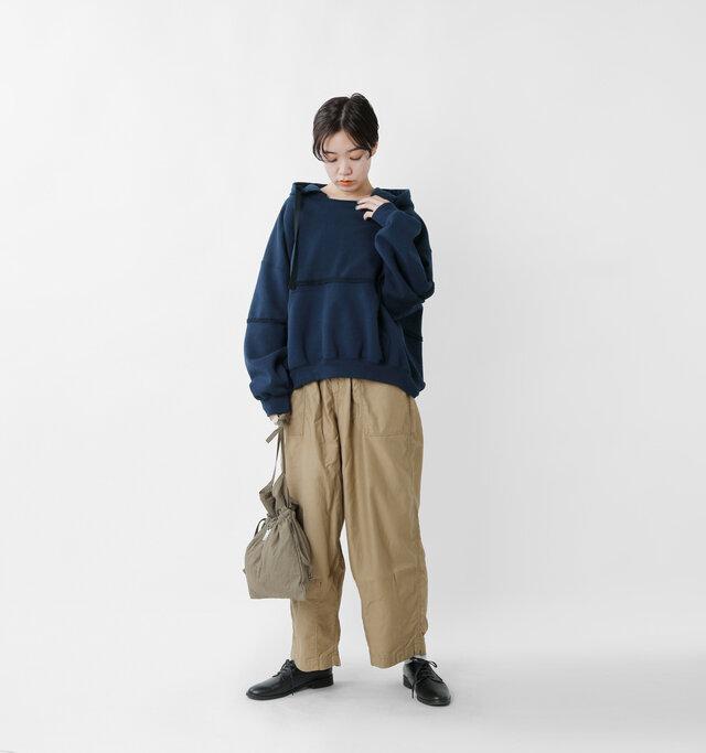 model saku:163cm / 43kg  color : navy / size : 1
