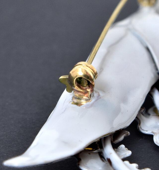 針は留め具を回してロックすることができ、使用時に先端を気にせずに安心です。