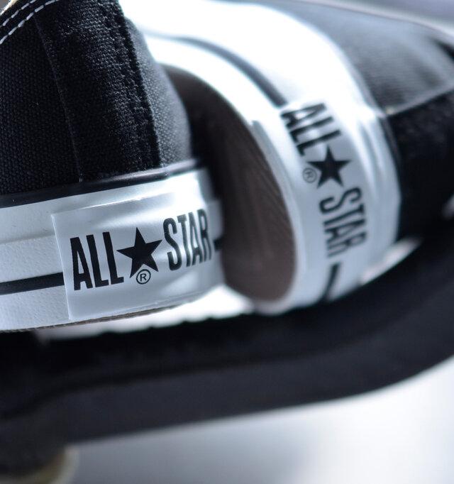 ベロ、インソール、かかと…ところどころに伝統のある「ALLSTAR」ロゴを配置。